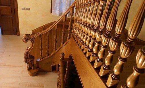 Деревянные лестницы SWN