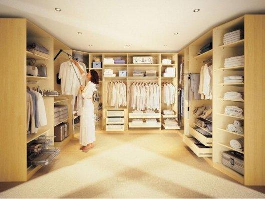 Преимущества гардеробных комнат.